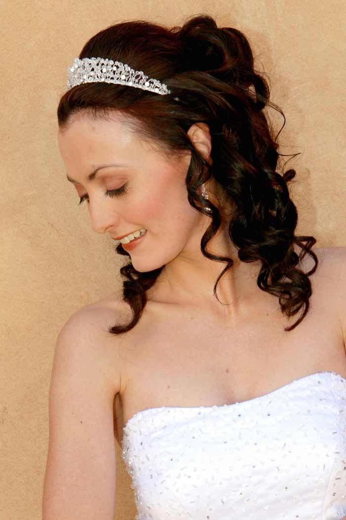 Frisuren Zur Hochzeit 30 Elegante Ideen Fur Das Haarstyling Brautfrisur Frisur Hochzeit Hochzeitsfrisuren