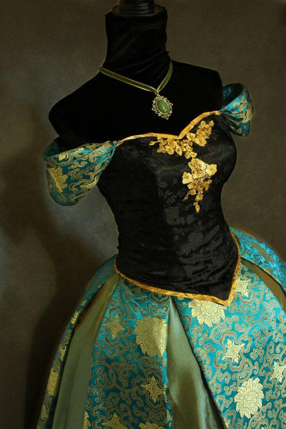 Congelado el vestido de coronación princesa por AddictedToMagic