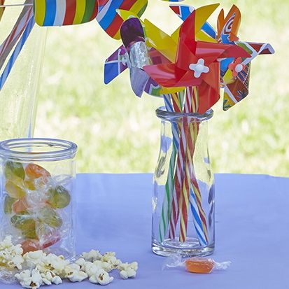 Tiny Windmills/Pinwheels #whirlywindmills #pinwheel #tiny #rainbow #carnival #party