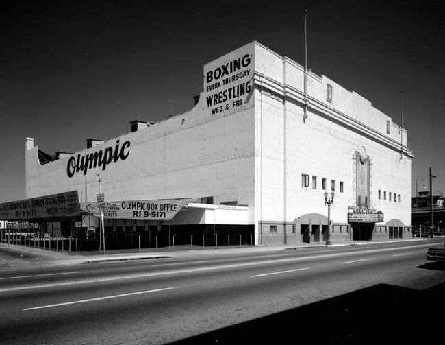 Fight Night at the Olympic: Theo Ehret's Timeless Ringside Photography   FIGHTLAND