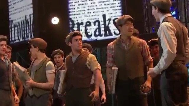 Not that it has anything to do with the video but remember at the last Tonys when josh had said he was going to be in a revival of A funny thing happened on the way to the Forum and everyone was shook but then he said he was just joking. Yeah Im still upset about that. . . . #newsies #musical #musicals #music #broadway #shows #thelionking #thelittlemermaid #christianbale #beautyandthebeast #aladdin #alanmenken #mulan #disney #dance #jeremyjordan #thewiz #bonnieandclyde #rockofages…