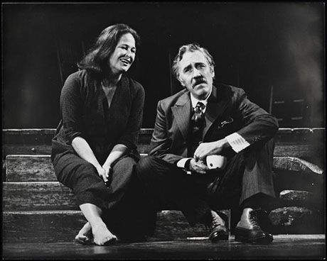 Jason Robards and Colleen Dewhurst in Moon for the Misbegotten.