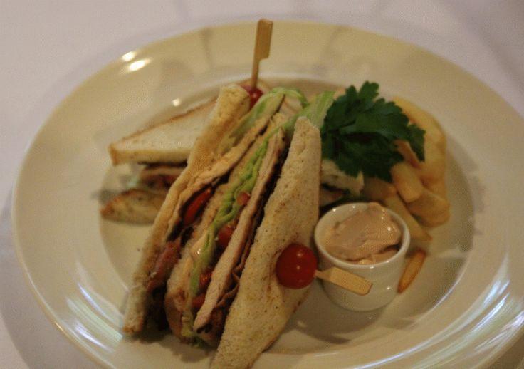 Kuřecí club sandwich XXL #food