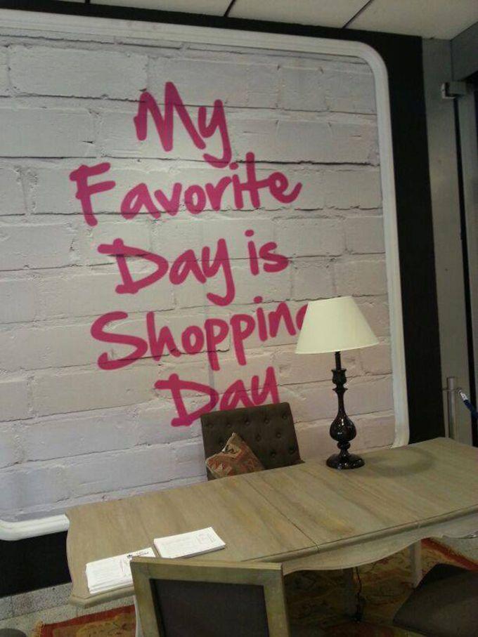 Pop Up Store ABChic (Centro Comercial ABC Serrano) hasta el 22 de febrero. Aprovecha las rebajas de esta tienda multimarca especializada en moda, complementos, joyería, belleza, deportes, decoración y mascotas. Dispone de personal shopper.   Año nuevo, planes nuevos - My Lightstyle - Blogs Harper's Bazaar