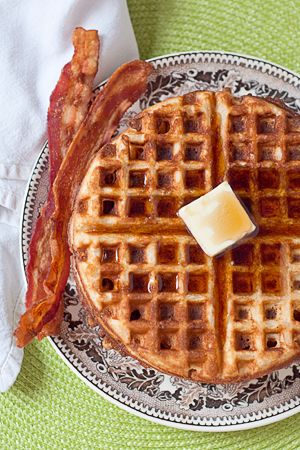 Whole Wheat Waffles from @NevrEnoughThyme http://www.lanascooking.com/2011/11/14/whole-wheat-waffles/