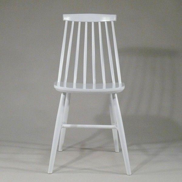 Windsor Stuhl weiß passt immer - Windsor chair white #Design, #HomeDecor, #InteriorDesign, #Style, #Industrialstyle, #DiningChair