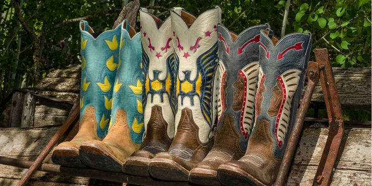 Kemo Sabe Grit Cowboy Boots. Vintage-Inspired Designs, Hand-Made by Rios of Mercedes, in Texas.  We love the pop of color, its perfect for your spring & summer style! Cowgirls + Summer Dresses + Cowboy Boots = <3 Found only at kemosabe.com