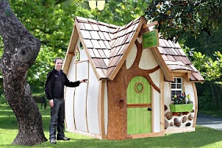Life size fairy playhouses. This would make a fabulous chicken coop!