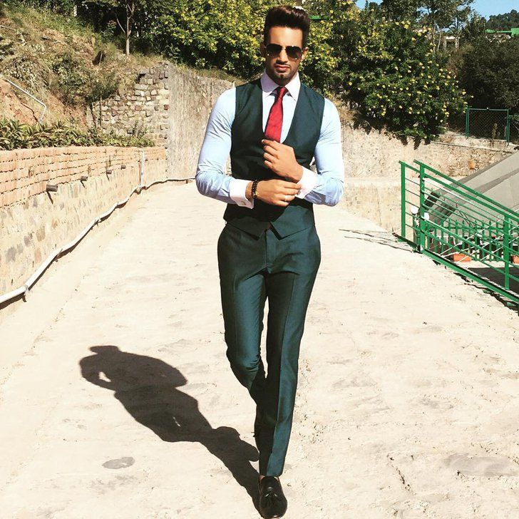 Pin for Later: 21 Ridiculously Hot Male Models Who Are About to Steam Up Your Instagram Feed Upen Patel Handle: @upenpatelworld