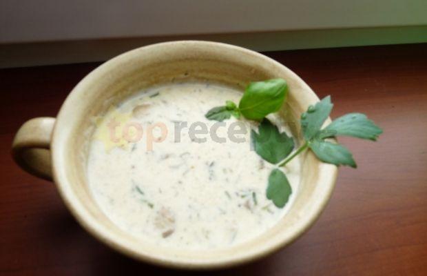 žampionová krémová polévka - Vyhledejrecepty.cz