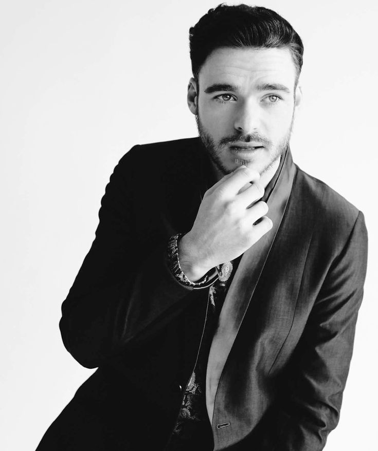 Richard Madden is your new Prince Charming
