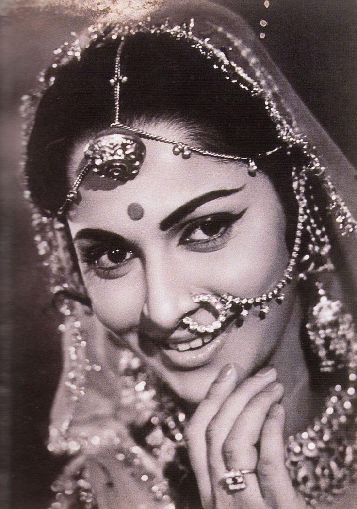 Картинки индийских актрис ретро