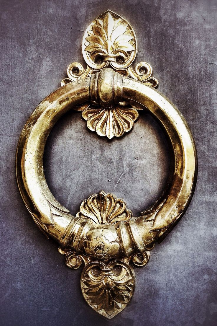 Come On In: Bright and Bold Door Knockers You Need For Your Home  - TownandCountryMag.com