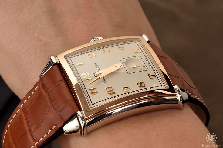 Girard-Perregaux, Vintage 1945 Small Seconds by @loupiosity #watches #anniversary #luxury #classic #elegant