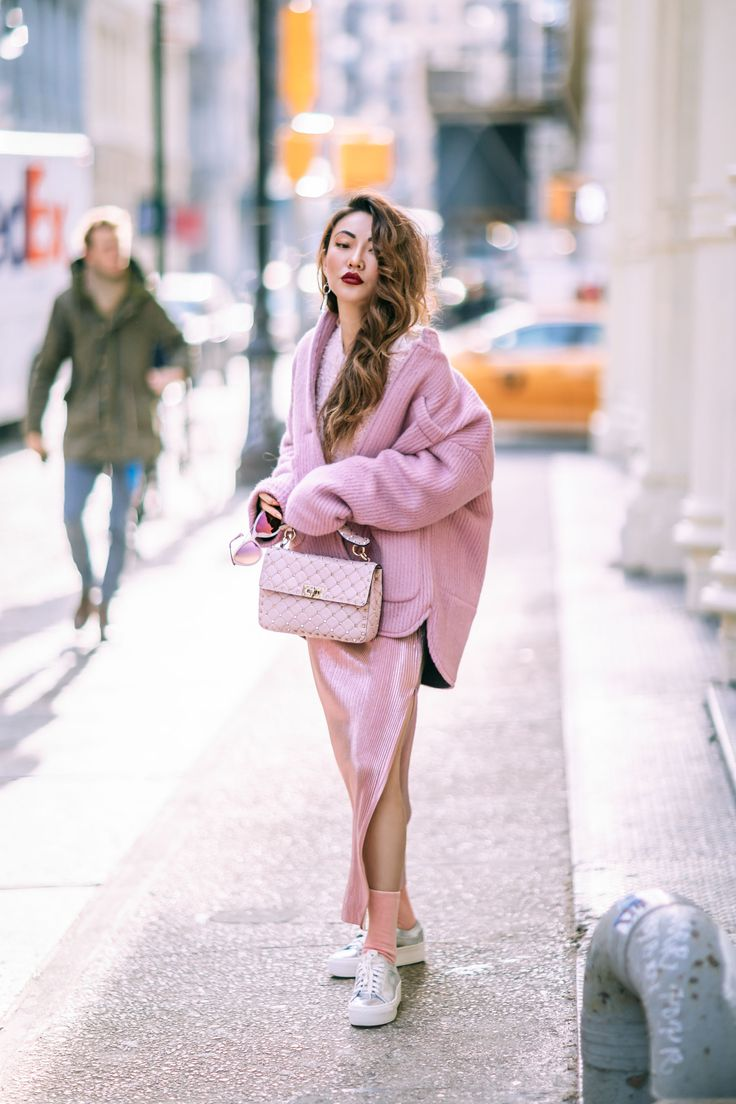 Dressy Winter Looks - All Pink Outfit // Notjessfashion.com // jessica wang, monochromatic outfits for winter, fashion blogger street style, pink quilted bag, shiny pink skirt, oversized pink coat, new york fashion blogger, asian blogger, cozy winter outfit, dressy winter outfit, winter outfits #ootd #ootdmagazine #fashioninspiration #fashionista #fashiongoals #winteroutfits #ootdfash
