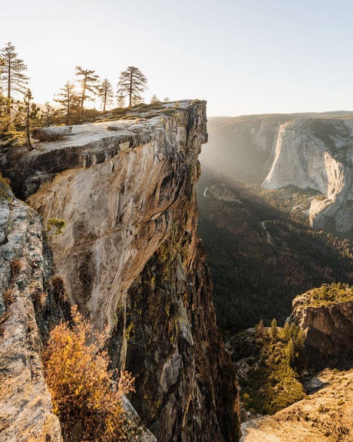 sunset at taft point. yosemite. california. by Tanner Wendell Stewart #xemtvhay