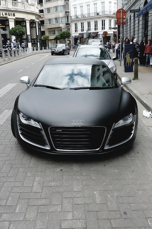 Matte black Audi R8 true carporn. Help! I'm in love.