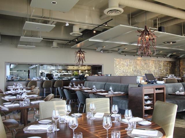Oliver & Bonacini Restaurants - Canoe - Toronto Fine Dining Canadian Restaurant