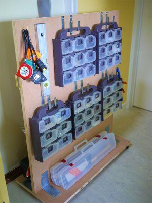 DIY女子が便利に使っている手工具・電動工具とその収納 2/3 : DIY 棚