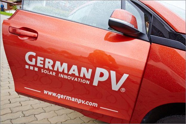 """Mit dem Konzept """"@eggensberger Energiewende"""" will Andreas Eggensberger umweltfreundliche Mobilität fördern.  #Solarenergie wird von der #Photovoltaikanlage über #Speichertechnologie an der #Stromtankstelle des Hotels verfügbar. #biohotels"""