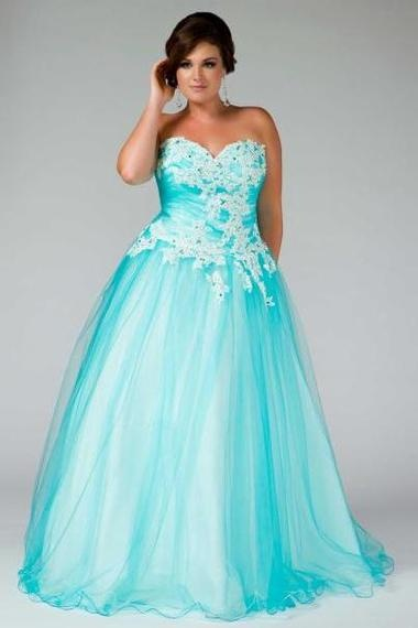 1000  images about formal dresses on Pinterest  Plus size gowns ...