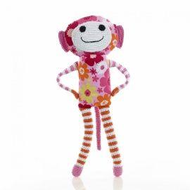 Pebble- knuffel aap Fien. Vrolijke fair trade gehaakte aap van Pebble in de kleuren roze met oranje. Fien is ongeveer 44 cm lang en is op zoek naar een vriendje of vriendinnetje om heerlijk meet te kroelen. Afmetingen: ca. 44 cm lang Gemaakt door vrouwen die in de plattelandsgebieden van Bangladesh wonen. Zij krijgen een eerlijk loon betaald en hebben flexibel, eerlijk en veilig werk dat ze makkelijk kunnen combineren met de landelijke manier van leven.