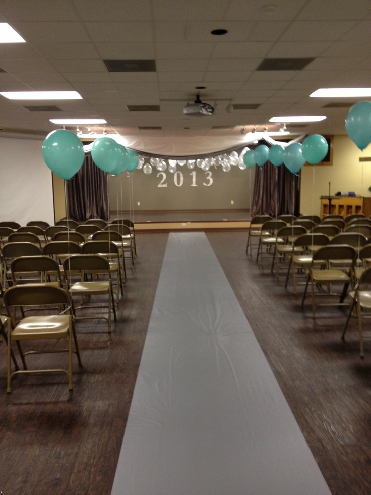 44 best images about graduation decorations on pinterest - Kindergarten graduation decorations ...