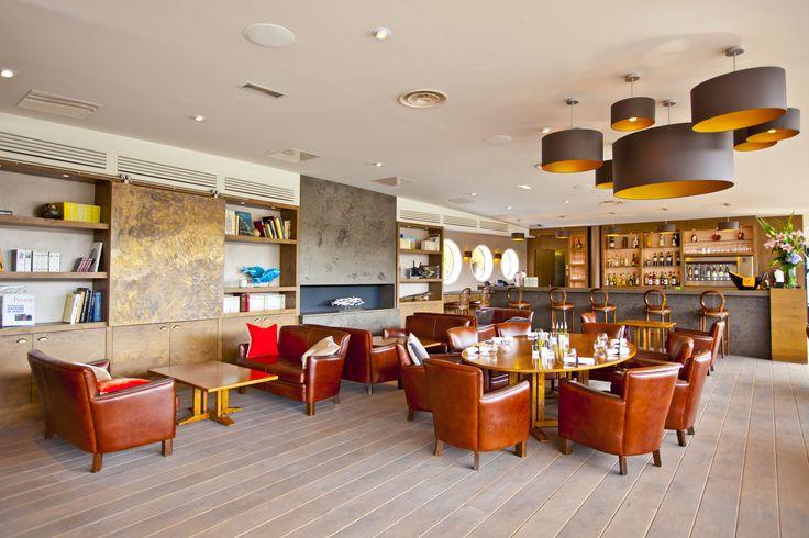 Le soleil étant de retour, venez profiter de notre restaurant en bord de Seine.
