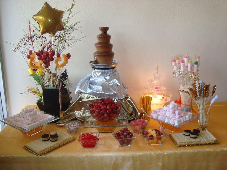 mesas de dulces con fuente de chocolate - Buscar con Google