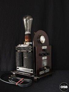 Lampe Tractor creation piece ancienne electrique industriel 12  steampunk Tractor Lamp industrial vintage loft indus decoration etrange