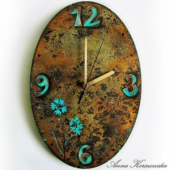 Zegar z odrobiną turkusu