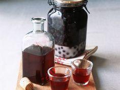 Schlehenlikör ist ein Rezept mit frischen Zutaten aus der Kategorie None. Probieren Sie dieses und weitere Rezepte von EAT SMARTER!