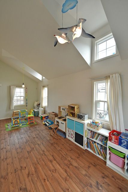 施工例54.ビルドインガレージのあるアメリカンホーム 子供部屋