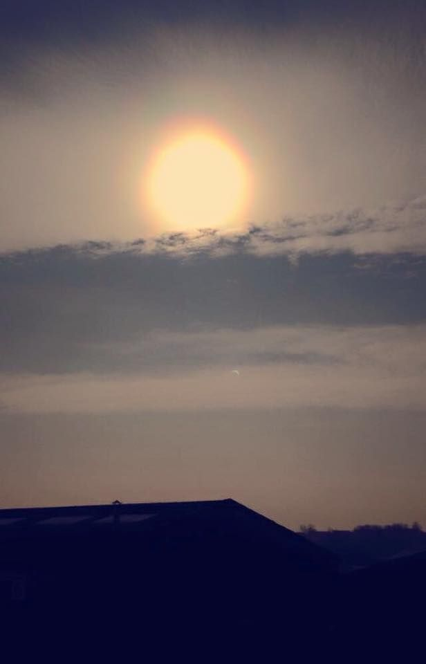 ECLIPSE 2015. The universe's way of reminding us all that we are on a rock flying through space at 67,000 miles per hour. #ECIGS # ECIGARETTES #ECLIPSE2015