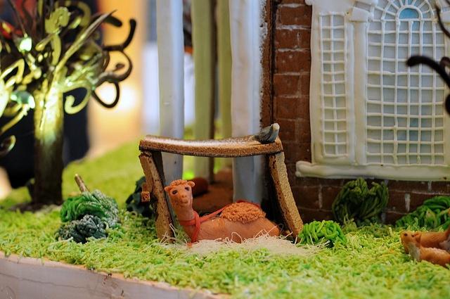 Gingerbread Mount Vernon by Pianoman75, via Flickr