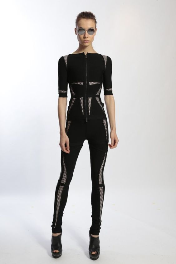 The 2014 Herve Leger by Maz Azria Resort collection is a collection that sticks in memory,perhaps for several reasons Chief creative officer Lubov Azria gave the collection an adventurous feeling w… - fashion Cyberpunk Mode, Cyberpunk Fashion, Looks Style, Looks Cool, My Style, Dark Fashion, High Fashion, Fashion Fashion, Sport Fashion
