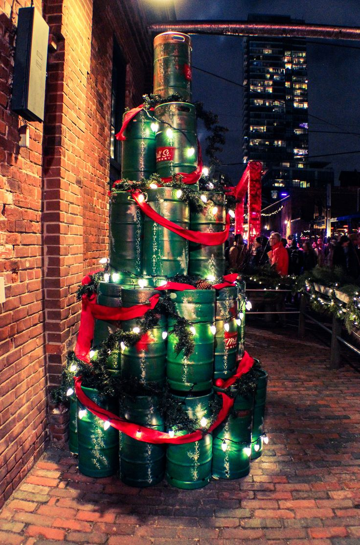 https://flic.kr/p/BR37KF | Mill Street Tree - Toronto Christmas Market | Facebook ♦ Twitter ♦ Pinterest ♦ Instagram ♦ Website  Mill Street Brewery - Toronto, ON