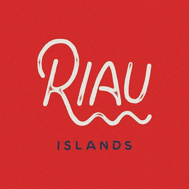 "(16/34) Riau Islands is a province of Indonesia. It comprises the principal group of the Riau Archipelago along with other island groups to the south, east and northeast. In Indonesian, Riau Islands and Riau Archipelago are synonymous and are distinguished by the word for province, ""Provinsi"". Originally part of the Riau province, the Riau Islands were split off as a separate province in September 2002. • • • #kepri #riau #batam #adventure #traveling #wanderlust #hurufraktur #typography…"