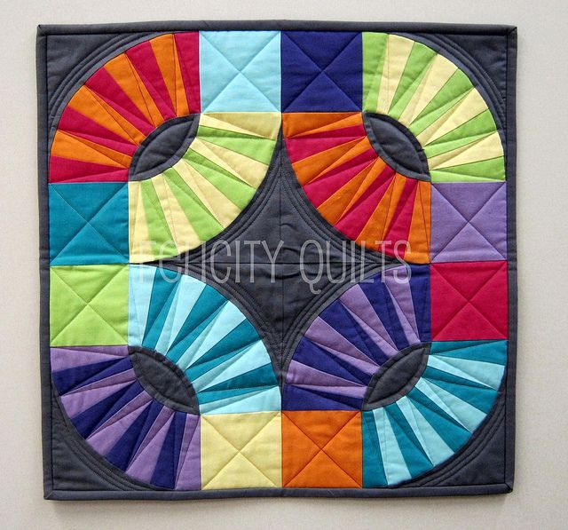 Amazing Pickledish mini quilt, Felicity Quilts.Kaffe Fasset, Pickles Dishes, Quilt Inspiration, Quilt Solid, Quilt Block, Minis Quilt, Felicity Quilt, Felicity`S Quilt, Solid Minis