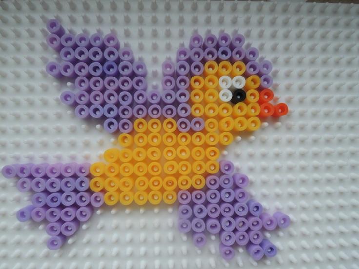 Vogelbaby aus Bügelperlen Perler Beads by Baumberger Entdecker