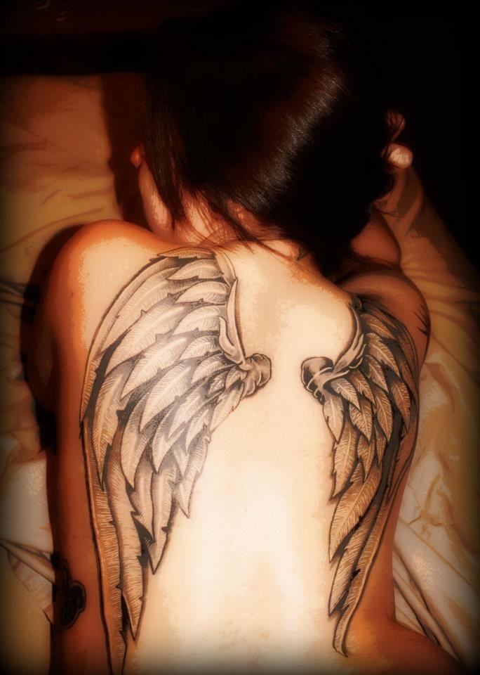 Got some Pornstar angel wings tatoo she got