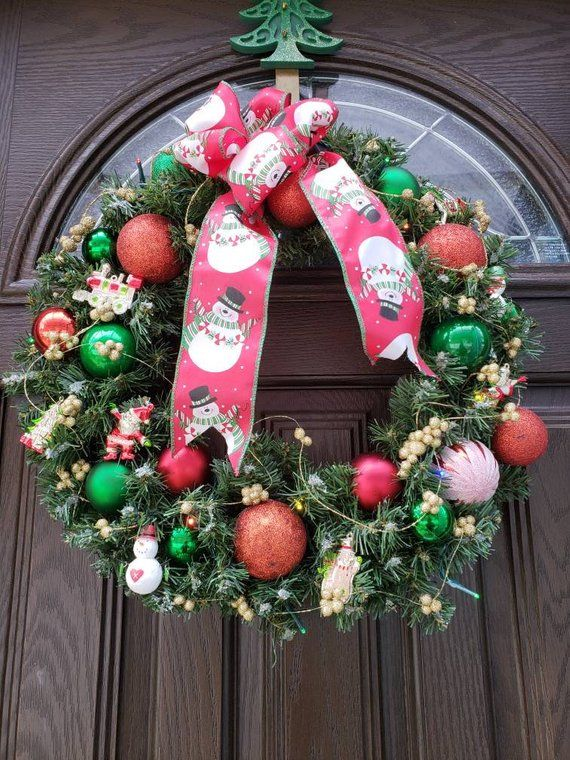 Lighted Wreath Snowman Wreath Christmas Door Wreath Pre Lit Etsy Christmas Wreaths Pre Lit Christmas Wreaths Lighted Wreaths