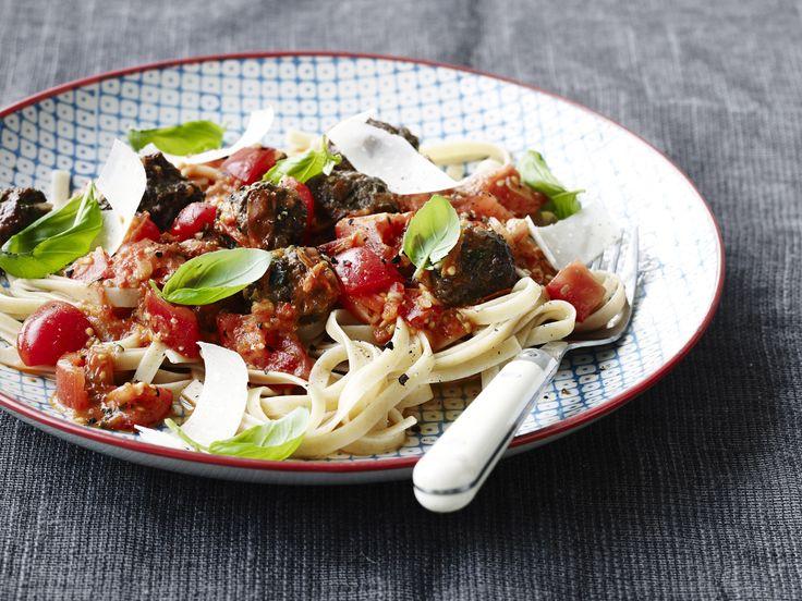 Opskrift på spaghetti med kødboller og friske tomater