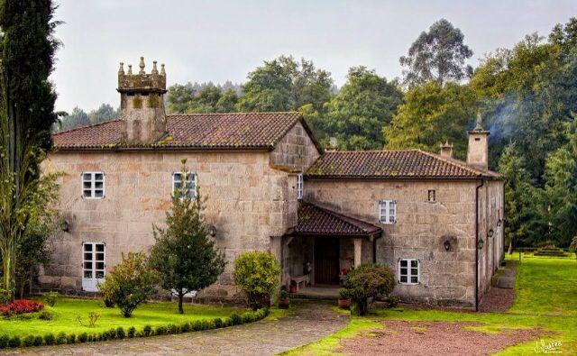Coles ourense lugares en 2019 casas grandes espa a y - Casas gratis en pueblos de espana ...