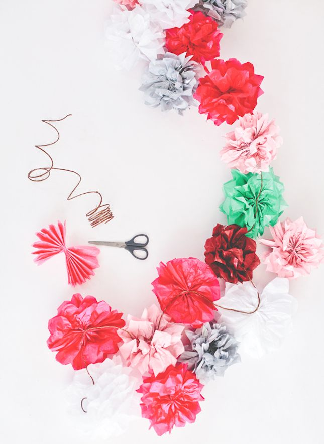 Use tissue paper to make this flower garland.