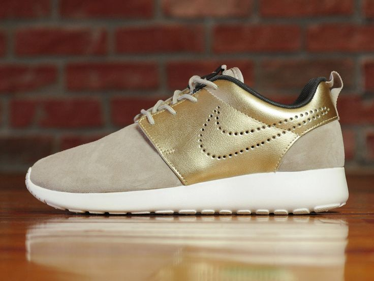 on sale c3e2c d908f ... Nike Premium Gold Nike WMNS's Roshe One ...