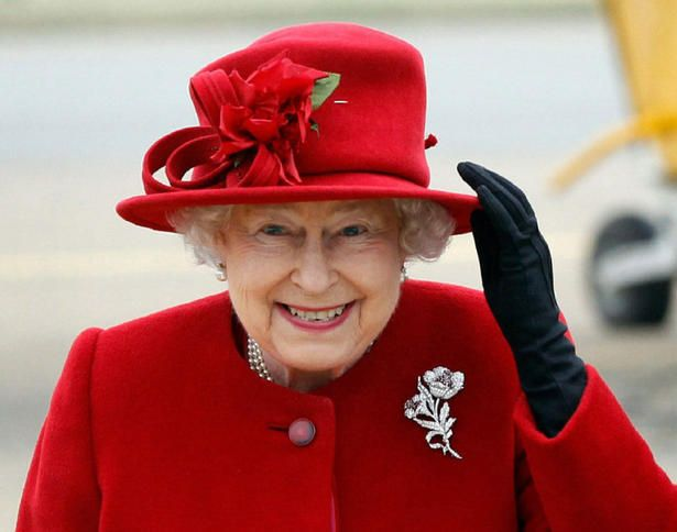 the queen's red hat