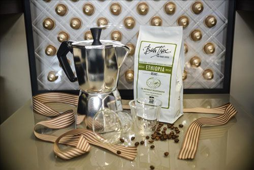 Traditional Espresso Gift Set The sleek and modern Moka Pot brings home the more traditional way of making espresso. This Father's Day Gift is perfect for coffee lovers that enjoy not only an aromatic espresso, but also the art of making it.
