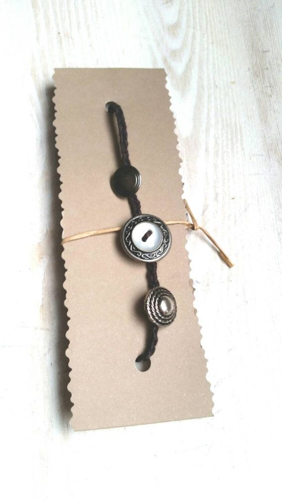 Hey, I found this really awesome Etsy listing at https://www.etsy.com/au/listing/254591594/vintage-bracelet-repurposed-old-buttons