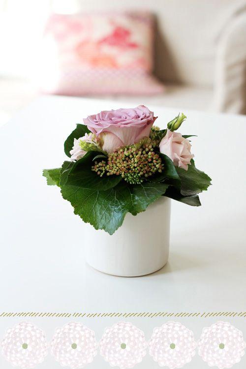 Lovely little arrangement #garden #flower #arrangement